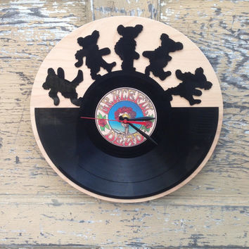 Re-purposed, recycled Vinyl Record -  GRATEFUL DEAD  -  vinyl clock