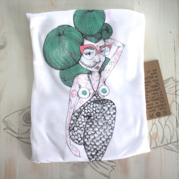 Woman's curved hem vest sleeveless t shirt tattooed mermaid tencel lyocell fair wear silkscreen