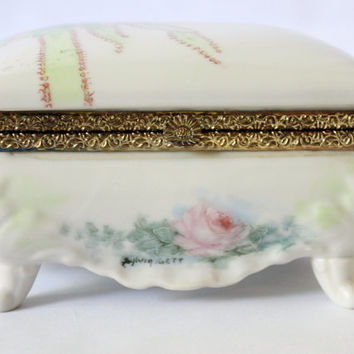 Cottage Chic White Ceramic Trinket Box Signed By Artist