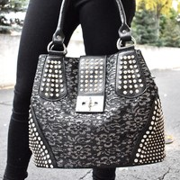 Lace Middle with Buckle Purse