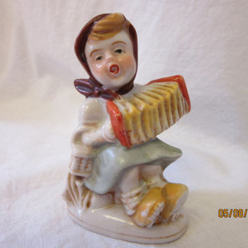 Hummel Figurine Girl Playing Accordion, Made in Japan Porcelain Hand Painted 1940s Vintage