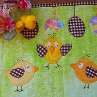 Easter Table Mat, Easter Mug Rug, Easter Table linen.