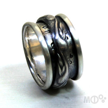 Spinner ring with secret message behind mobile ring, personalized, handmade in sterling silver