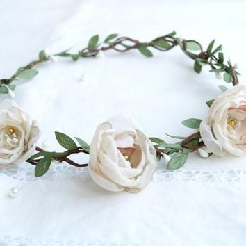 Flower crown Rustic wedding Communion wreath Bridal headpiece Greenery crown Ivory champaigne blush Girls photo prop Leaf crown Floral HALO