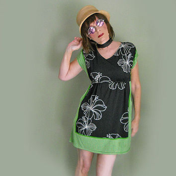 Vintage 70s Mini Dress - 1970s Short Dress with Pockets - Hippie Girl Dress