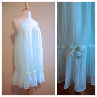 1950's Babydoll Nighty Blue Label Vanity Fair Pale Mint Green Teddy Lingerie size Small Medium
