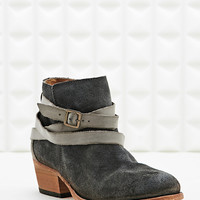 H by Hudson Horrigan Suede Boots in Grey - Urban Outfitters