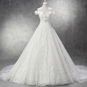 Sweetheart Wedding Dress Court Train Tulle With Lace Appliques Ball Gown Wedding Dresses