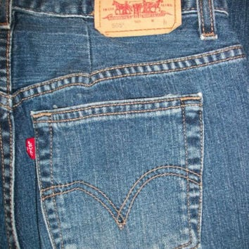 Levi's 505 Mom Jeans: Nouveau Straight Stretch Denim    Petite