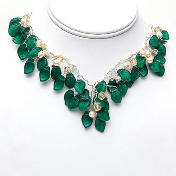 Emerald Green Necklace, Vintage Style Necklace, Bib Necklace, Statement Necklace, Bridal Jewelry