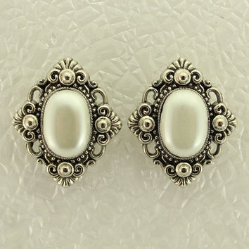 Magnetic Non Pierced Clip Earrings Pearl Filigree Oval Silver