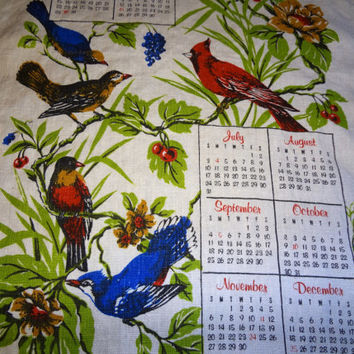 1977 Calendar Tea Towel  / Cottage Chic / Kitchen Decor / Wall Hanging
