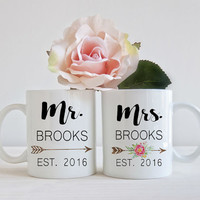 Mr. and Mrs. Mug, Personalized Wedding gift, Bridal Shower Gift, Wedding Coffee Mugs, His and Her Mugs, Bride Mug, Wedding Anniversary Gift