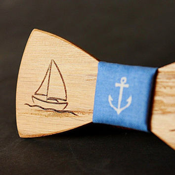 Wooden bow tie with yacht engraved.  Nautical style Wood bow tie. Oak wood with engraved anchor.