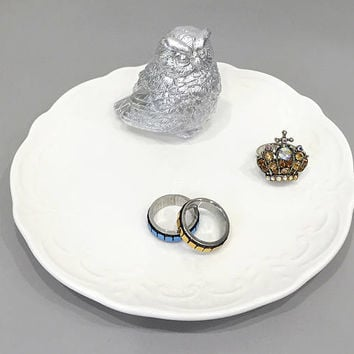 Silver Owl White Ceramic Ring Dish Soap Dish. Metallic Animal Jewelry Holder. Birthday Gift. Housewarming Gift. Christmas Gift Under 20