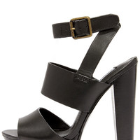 Steve Madden Dezzzy Black Leather Platform High Heels