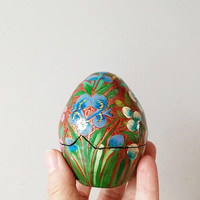 Vintage Easter egg box, paper mache, laquered box with painted flowers, vintage Indian egg box, vintage Easter decor, egg trinket box