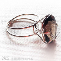 Large  Solitaire  Ring Oval  - Smoky Quartz