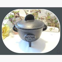Pentagram Cast Iron Cauldron with Lid