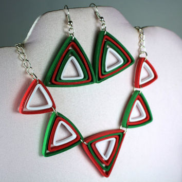 Christmas Jewelry Set Paper Quilling Necklace and Earring, quilling earrings, Christmas necklace, Christmas earrings, red and green jewelry