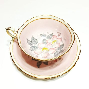 Antique Paragon Tea Cup, Wide Mouth, Blush Pink, Gold, 1940s, Flowers, Bridal Shower, Wedding Gift, Garden Party