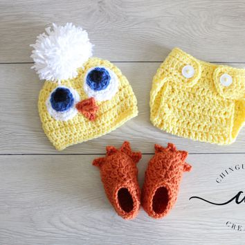 Little Baby Chick Crochet Hat, Diaper Cover, and Booties Set