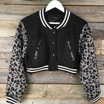 JACKET WITH PRINT SLEEVE - BLK