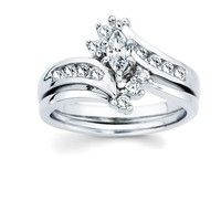 Wedding Ring in 14K White Gold - Diamond Bands - Ladies Wedding Rings - Wedding Rings
