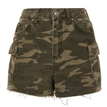 MOTO Camouflage Pocket Mom Shorts | Topshop