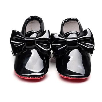 2017 New hot sale Red sole Pu patent Leather Baby Moccasins Baby Shoes Newborn first walker Infant Crib bebe Shoes 0-2 years