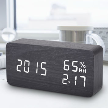 Wooden LED Alarm Clock Digital LED Sound Voice Control Light Digital LED Time Humidity Display Alarm Clock Electronic Desk Clock
