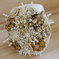 Golden Brooch bouquet, Wedding bouquet, Bridal bouquet, wedding brooch, bridesmaids bouquets, wedding decor, wedding flowers, wedding access