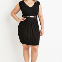 Plus Size Pleated Sheath Dress | Forever 21 PLUS - 2000165542