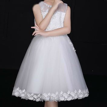 White Tulle Romantic Little Princess Ball Gown 3D Applique Sleeveless Short Prom Dress Girl Flower Girl Dress