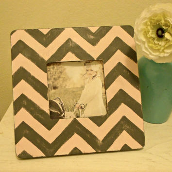 Chevron stripe Picture Frame in Grey & Pink