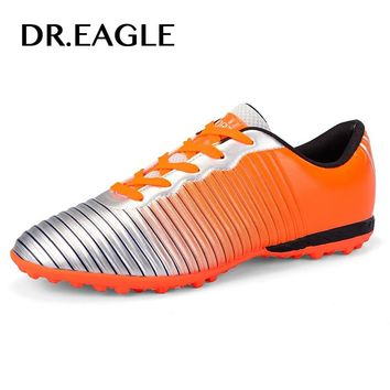 DR.EAGLE Mens indoor futzalki soccer shoes for futsal football shoes for men boots soccer cleats original 2017 crampon football