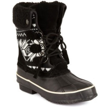 Khombu Shoes, Aztec Faux-Fur Boots