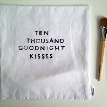 Linen Quote Pillow  Goodnight Kisses by CasaAndCo on Etsy