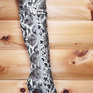 "Luichiny Round About Snake Skin Over The Knee Platform Boots - 6"" Heels"