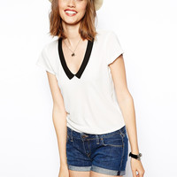 White V-Neck Collar Print T-Shirt