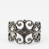 Urban Outfitters - Diament Jewelry for Urban Renewal Vintage Filigree Ring
