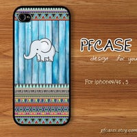 Elephant on wood light blue pattern : Handmade Case for Iphone 4/4s , Iphone 5