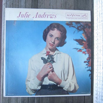 Very Old Julie Andrews Record - 22-Year Old Julie Andrews on Cover - Julie Sings Folks Songs; Show Tunes - Vinyl Julie Andrews LP