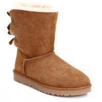 UGG Australia Womens Bailey Bow Chestnut Boots