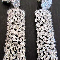 Absolutely Beautiful Blinding Zirconia Quality Platnum Plated Sparkling Dangle Earrings