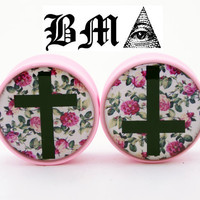Cross on Floral Wallpaper BMA Plugs 2g 6mm by BMAMOD on Etsy
