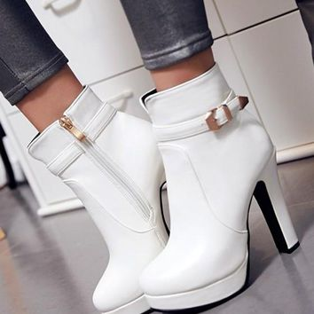 New Women White Round Toe Chunky Buckle Casual Ankle Boots