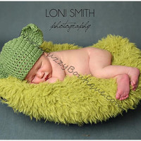 Instant Download PDF Crochet Pattern - No. 25 Yoda Hat - 6 Sizes Newborn Baby to Adult