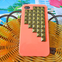 Hard Case with Golden pyramid for Apple by braceletbanglecase