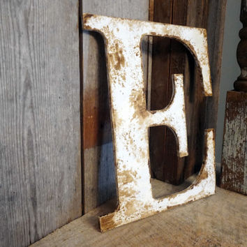 rustic letter home decor a b c d e f g h i j k l m n o p q r s t u v w x y z shabby chic cottage wedding decor gift photo prop wood letter